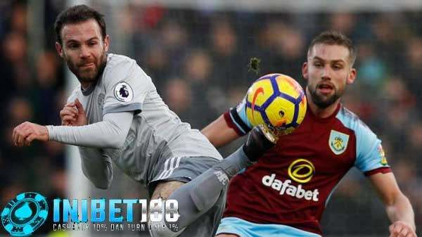 Prediksi Skor Burnley vs Manchester United